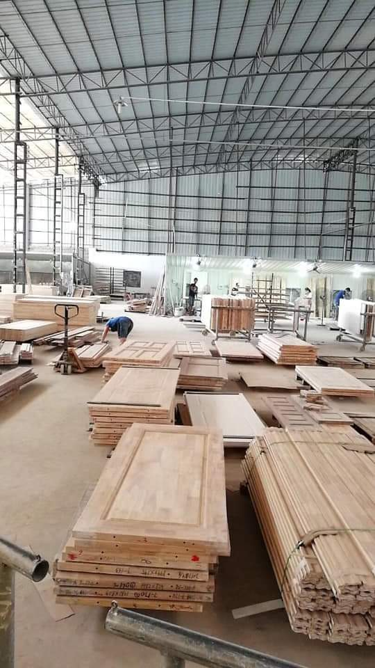 Xưởng sản xuất cửa gỗ