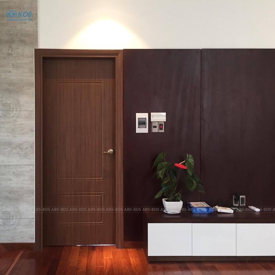 cửa dành cho khách sạn Nha Trang