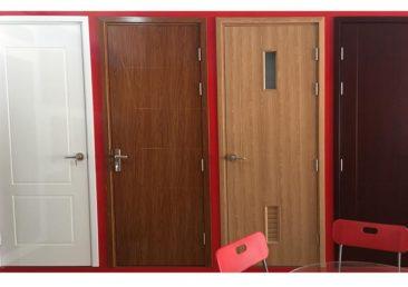 Cửa nhựa gỗ composite tại quận 12