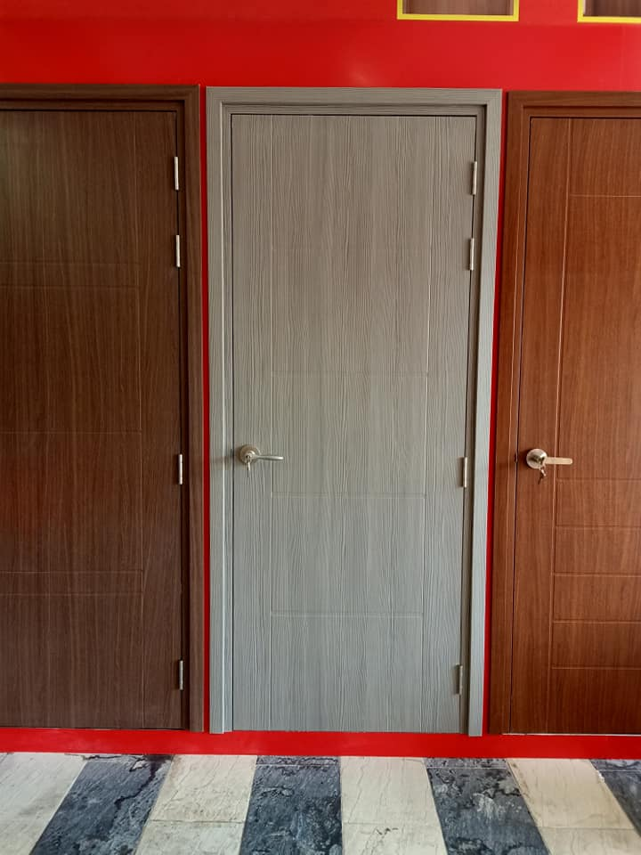 cửa nhựa giả gỗ cho phòng ngủ