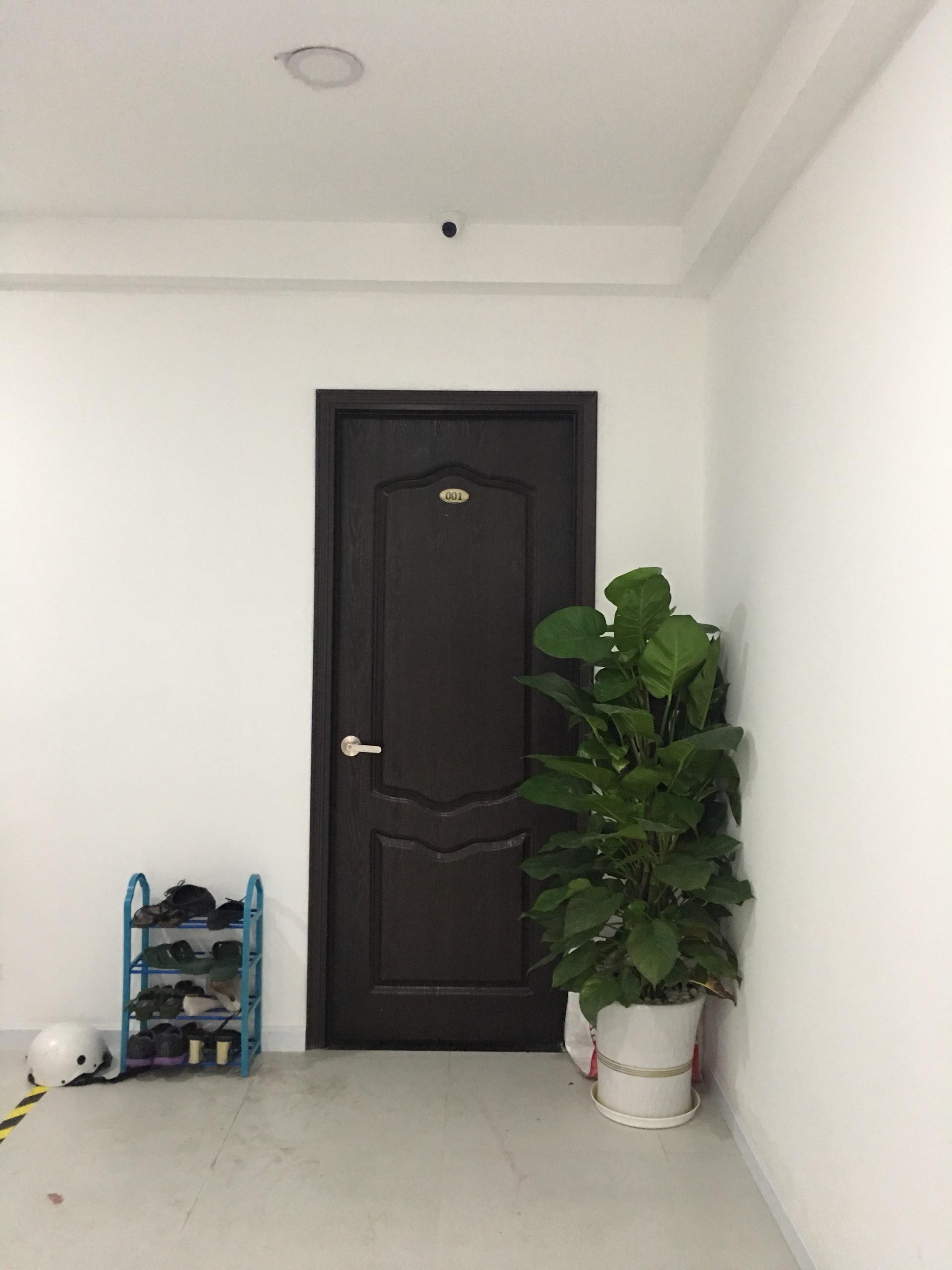 cửa nhựa đài loan tại bình tân