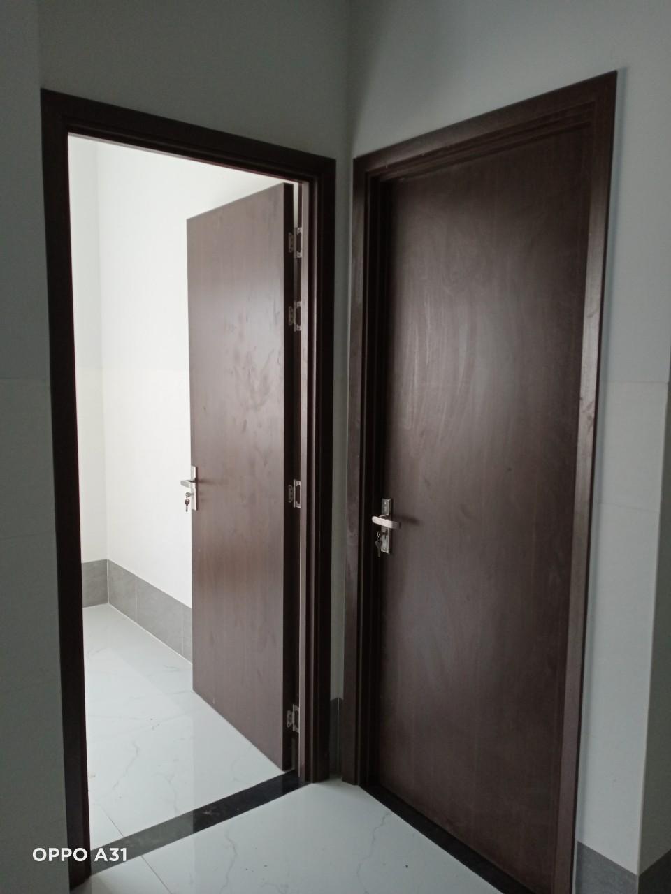 Lắp đặt cửa gỗ công nghiệp tại 967 ĐẶNG THÚC VỊNH, ẤP 1, XÃ ĐÔNG THẠNH, HUYỆN HÓC MÔN