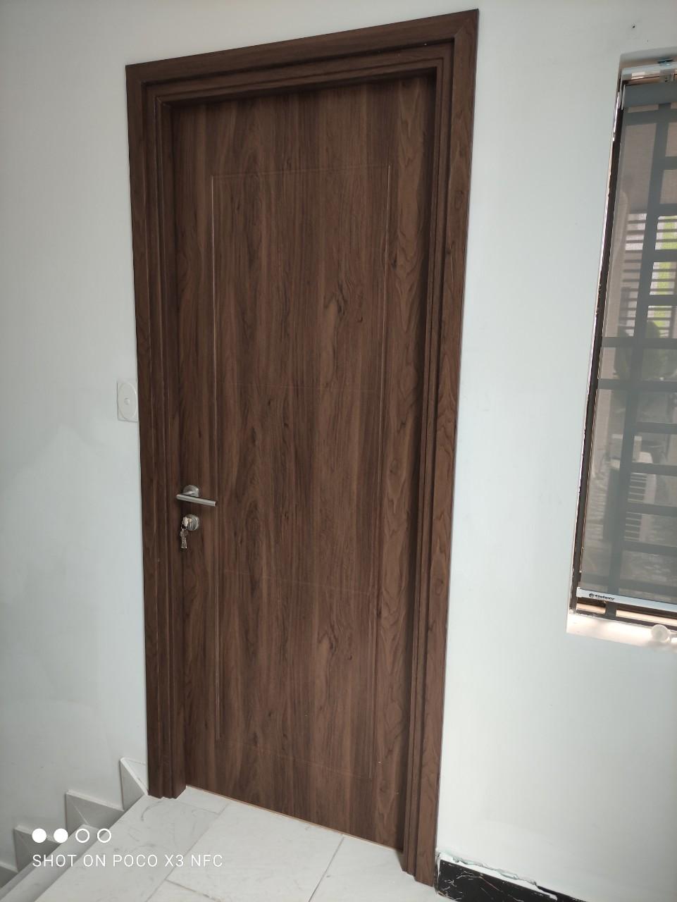 cửa nhựa composite tại Bình tân