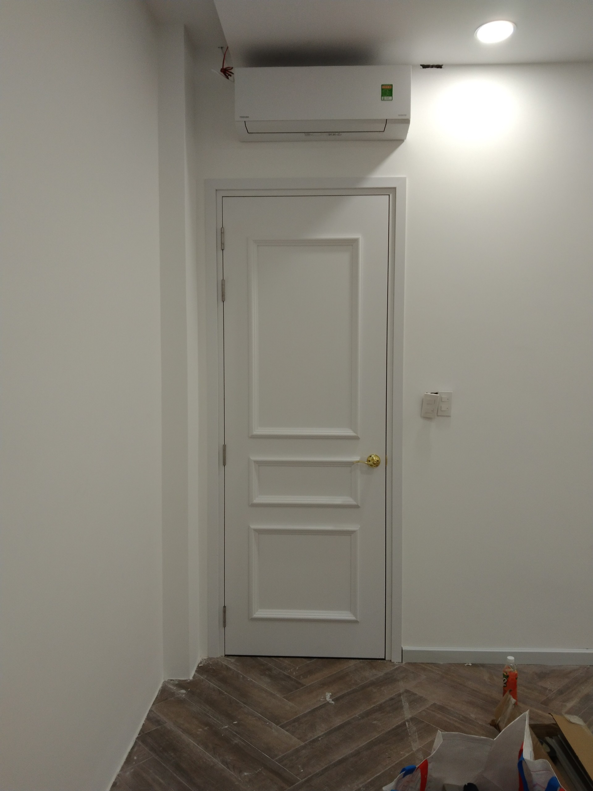 Giá Thi công cửa nhựa composite tại ĐC: 140 đường C, phường Bình Đường, Dĩ An, Bình Dương.
