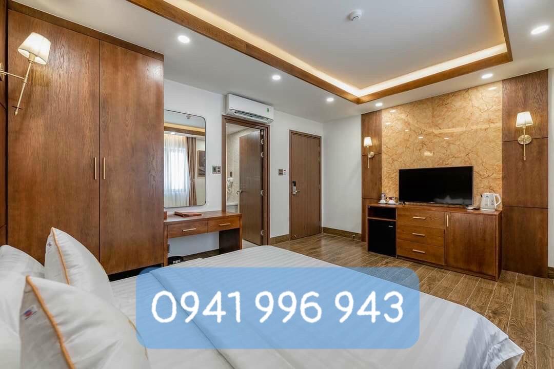 Cửa dành cho khách sạn cao cấp