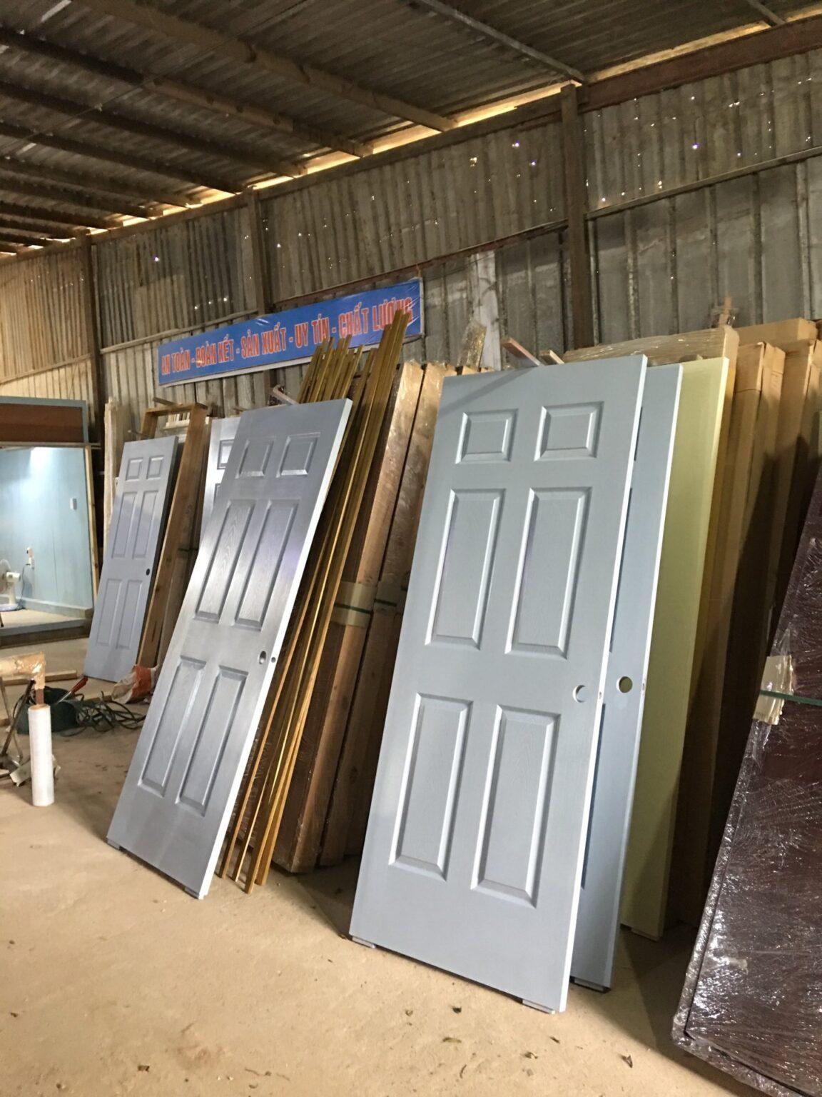 mua cửa gỗ công nghiệp tại nha trang